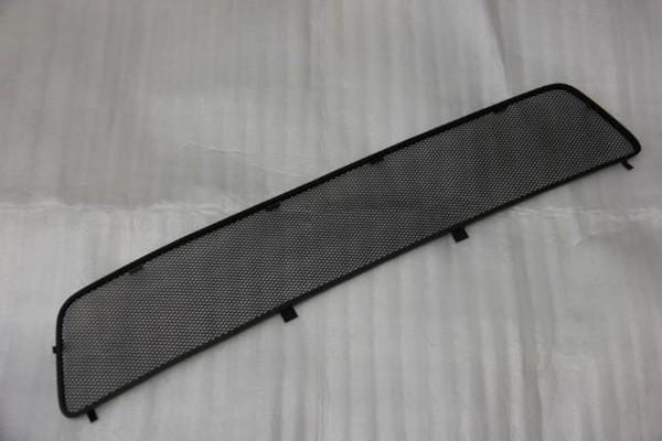 Сетка на решетку радиатора Рено Дастер