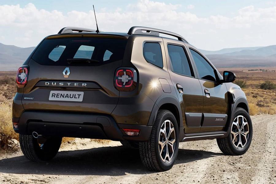 Renault Duster 2 вид сзади